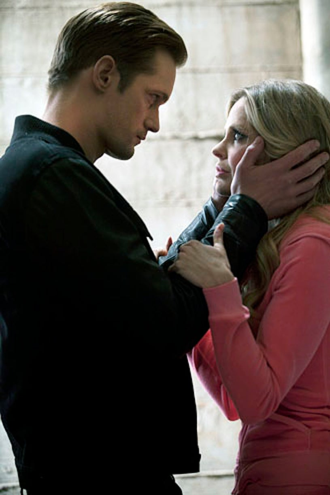 "True Blood - Season 5 - ""We'll Meet Again"" - Alexander Skarsard and Kristin Bauer van Straten"