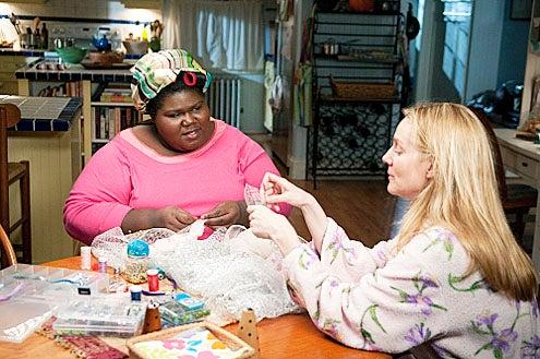 "The Big C - Season 2 - ""Boo!"" - Gabourey Sidibe and Laura Linney"