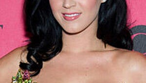 """Katy Perry: I Used to Hate My """"Enormous Boobs"""""""