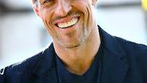Cheers & Jeers: Tony Robbins? Gimme a Break!