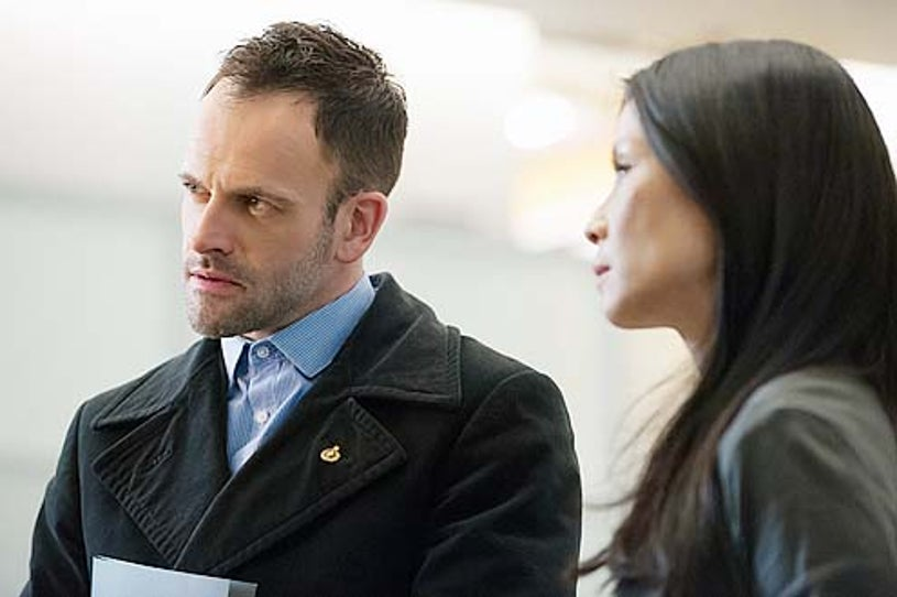 """Elementary - Season 2 - """"The Hound of the Cancer"""" - Jonny Lee Miller and Lucy Liu"""