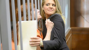 Exclusive Video: Happy Endings' Eliza Coupe Returns to TV on USA's New Comedy Benched