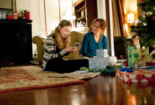 "Treme - Season 2 - "" Santa Claus, Do You Ever Get the Blues?"" - India Ennenga and Melissa Leo"