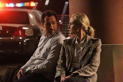 "The Bridge - Season 1 - ""Vendetta"" - Demian Bichir as Marco Ruiz, Diane Kruger as Sonya Cross"