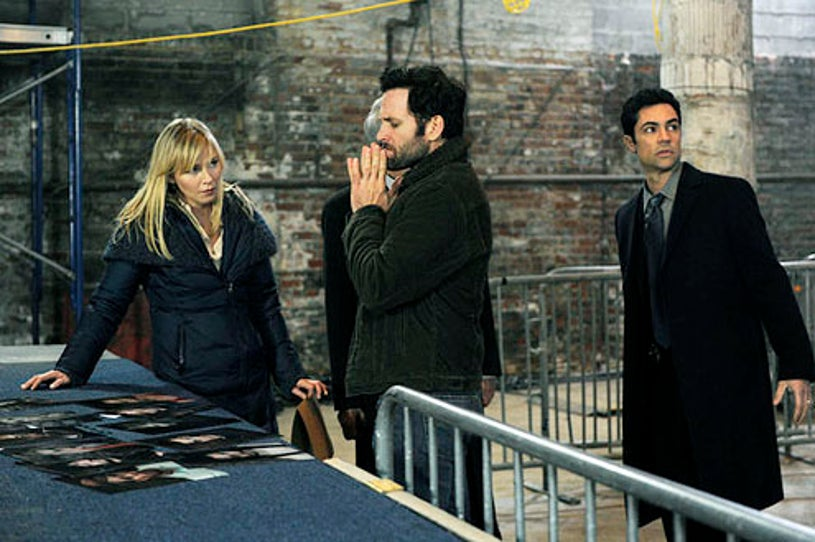 """Law & Order: Special Victims Unit - Season 14 - """"Traumatic Wound"""" - Kelli Giddish, Eion Bailey and Danny Pino"""