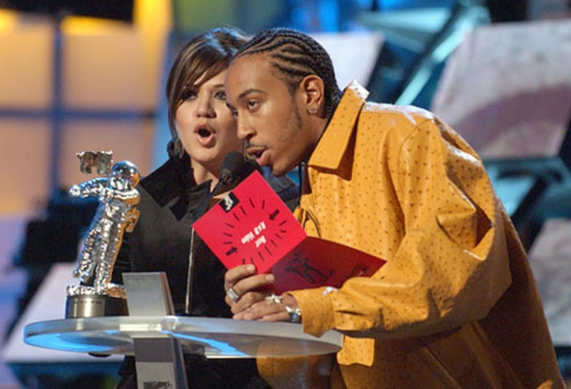 Kelly Clarkson and Ludacris - The 2003 MTV Video Music Awards in New York City, August 28, 2003