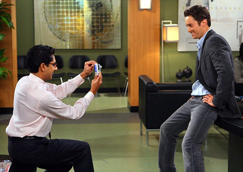 """Rules of Engagement - Season 4 - """"The Four Pillars"""" - Adhir Kalya as Timmy and Oliver Hudson as Adam"""