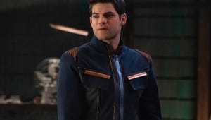 Supergirl's Jeremy Jordan Reveals Why He Thinks Kara and Lena Will Work It Out
