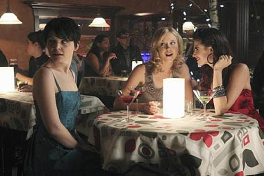 "Once Upon a Time - Season 1 - ""Skin Deep"" - Ginnifer Goodwin, Jessy Schram, Meghan Ory"