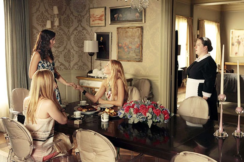 "Gossip Girl - Season 5 - ""The Jewel of Denial"" - Kaylee DeFer, Leighton Meester, Blake Lively and Zuzanna Szadowski"