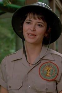 Juliana Donald as Cynthia Bunin