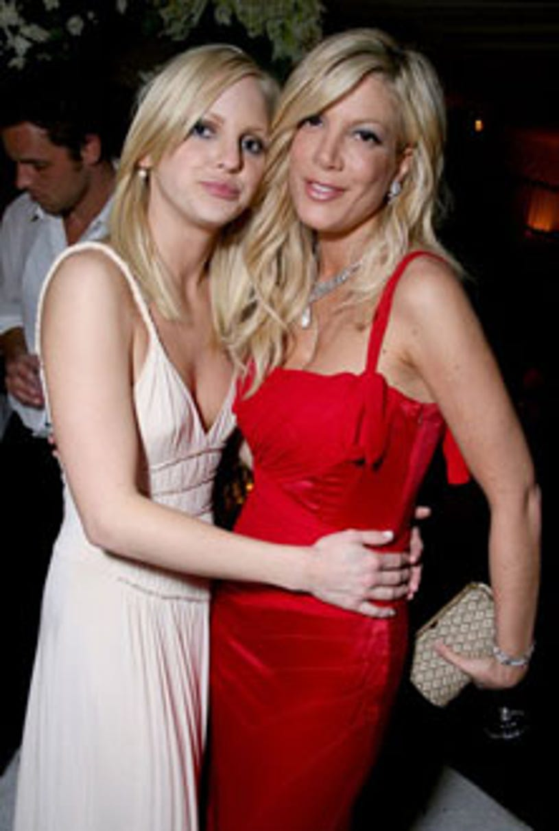 Anna Faris and Tori Spelling - The 12th Annual Screen Actors Guild Awards official after party hosted by People Magazine and the Entertainment Industry Foundation, January 29, 2006