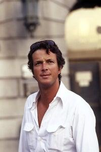 Charles Siebert as Asst. DA