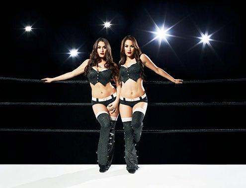 "Total Divas - Season 1 - Nicole Garcia-Colace ""Nikki Bella"" and Brianna Garcia-Colace ""Brie Bella"""