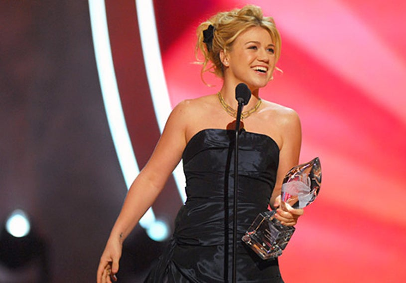 Kelly Clarkson - The 32nd Annual People's Choice Awards, January 10, 2006