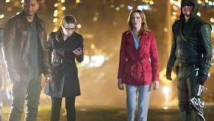 Arrow Bosses Tease Felicity-Oliver Romance, New Issues in Season 3