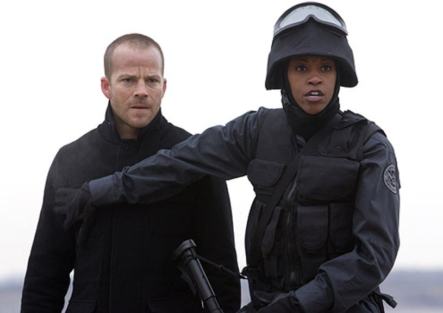 XIII - Stephen Dorff as Steve Rowland and Lucinda Davis as Agent Lauren Jones