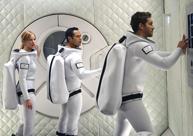 Virtuality - Sienna Guillory as Rika, Jose Pablo Cantillo as Manny and Gene Farber as Val