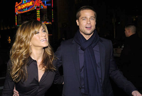 "Brad Pitt and Jennifer Aniston - ""Along Came Polly"" Premiere, January 12, 2004"