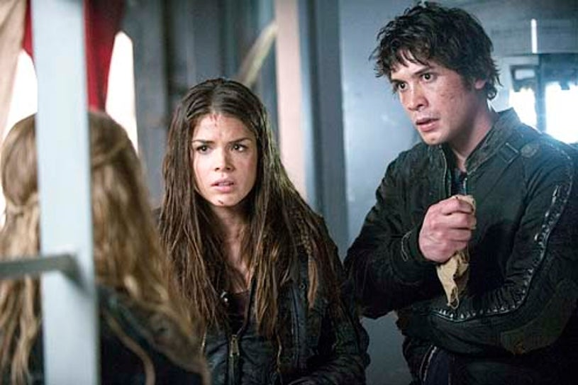 """The 100 - Season 1 - I Am Become Death"""" - Marie Avgeropoulos and Bob Morley"""