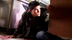 VIDEO: Taylor Lautner Shows Off His Action Acting Muscles in Abduction