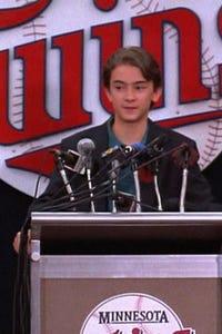 Luke Edwards as Steven (Age 7)