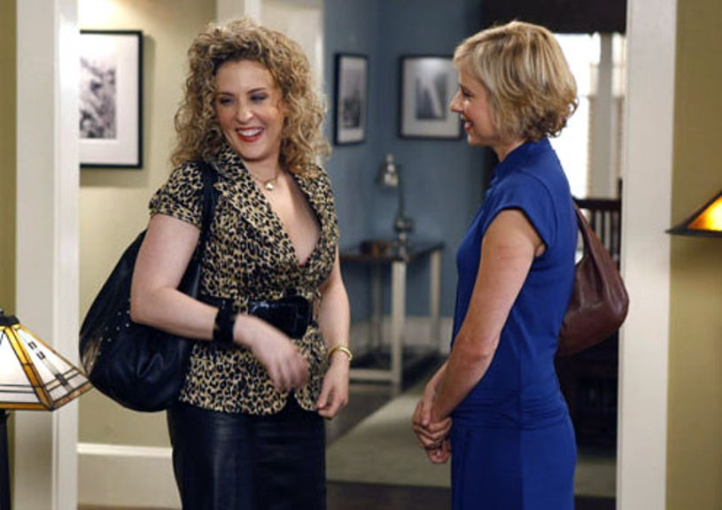 "Monk - Season 8 - ""Mr. Monk and Sharona"" - Traylor Howard as Natalie Teeger and Bitty Schram as Sharona Fleming"
