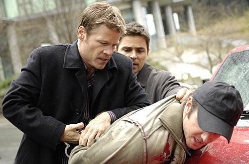 """The 4400 - Season 4 - """"Fear Itself"""" - Joel Gretsch as """"Tom Baldwin"""""""