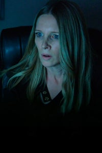 Lauralee Bell as Pam Francis