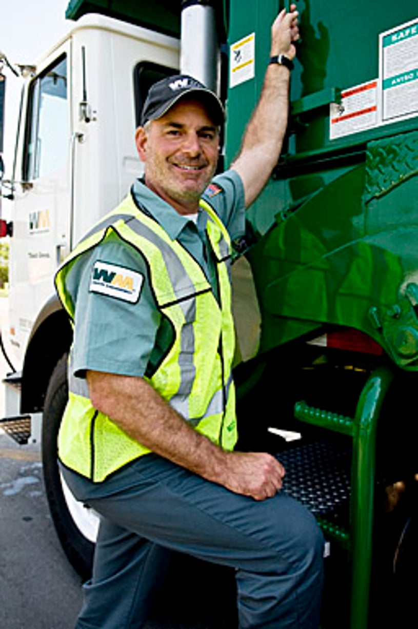 Undercover Boss - Season 1 - Larry O'Donnell, the President and C.O.O. of Waste Management.