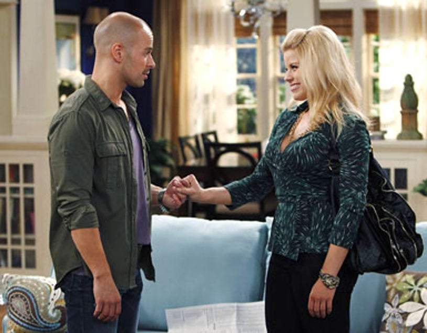 "Melissa & Joey - Season 1 - ""Enemies with Benefits"" - Joey Lawrence and Megan Hilty"