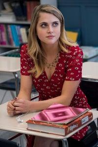 Anne Winters as Kelly Decker