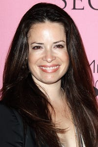 Holly Marie Combs as Debs Boon