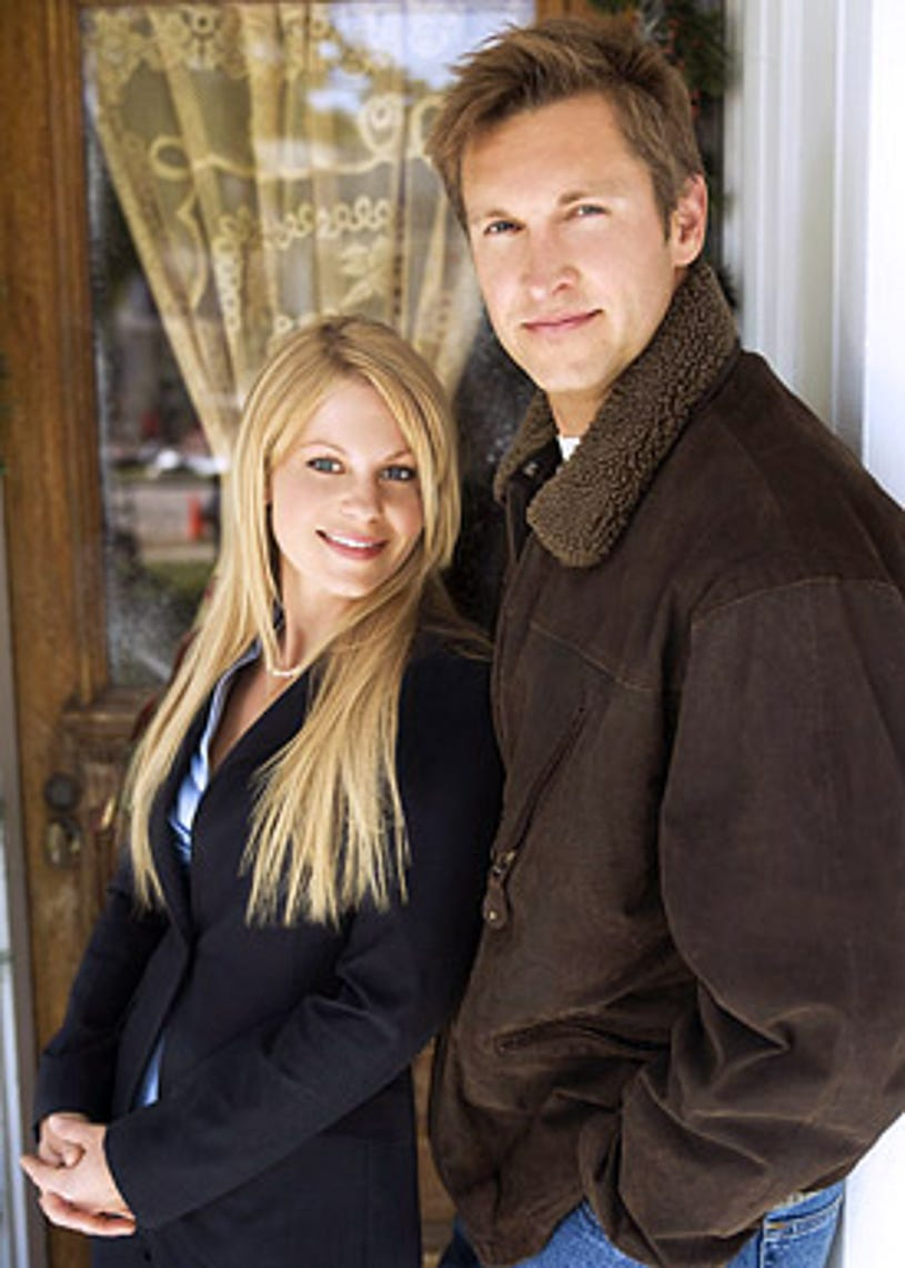 Moonlight and Mistletoe - Candace Cameron Bure as Holly and Christopher Wiehl as Peter