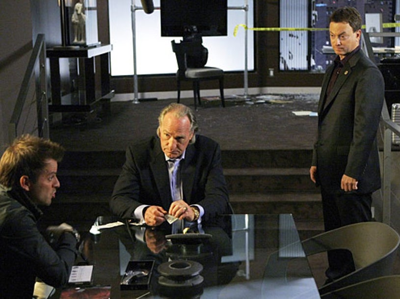 "CSI: NY - Season 5 - ""The Past, Present and Murder"" - Carmine Giovinazzo, Craig T. Nelson, Gary Sinise"
