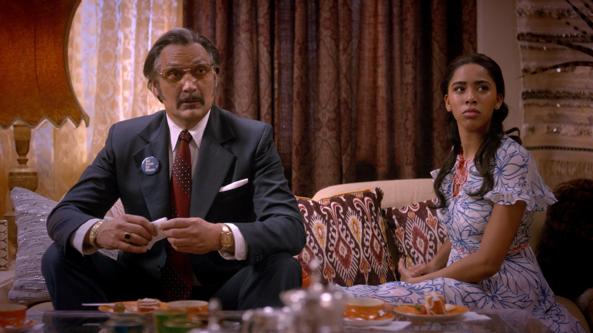 Jimmy Smits as Francisco Cruz and Herizen Guardiola as Mylene in The Get Down