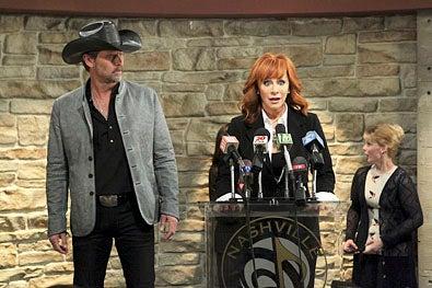 "Malibu Country - Season 1 - ""Pilot"" - Jeffrey Nordling and Reba McEntire"