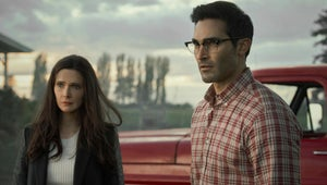 Superman and Lois Review: The CW's New Show Heroically Breaks Tradition From the Arrowverse