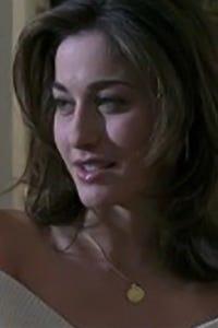 Kat Foster as Kelly Watts