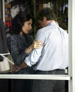 "House - Season 4 Finale, ""Wilson's Heart"" - Lisa Edelstein as Cuddy, Robert Sean Leonard as Wilson"