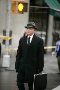 Michael Cerveris as Syd Booth Goggle
