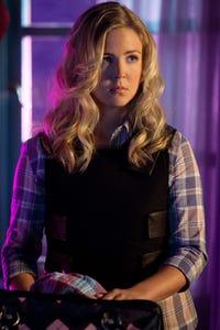 Keri Lynn Pratt as Anna Leah