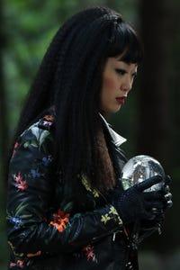 Alice Lee as Ashleigh