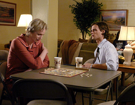 "Criminal Minds - Season 4, ""Memoriam"" - Guest star Jane Lynch as Diana Reid, Matthew Gray Gubler as Dr. Reid"