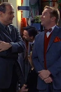 Tom McGowan as Luther Reeves