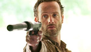 """The Walking Dead Bosses Dissect Season 2, Look Ahead to """"Action-Packed"""" Season 3"""