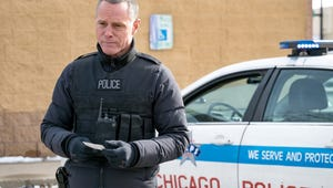 Chicago P.D. Exclusive: Voight Vows to Protect Olinksy from Woods