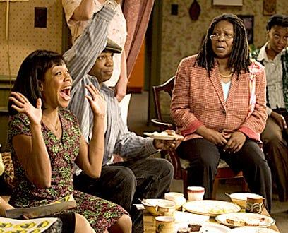Everybody Hates Chris - Season 2 - Tichina Arnold as Rochelle and Whoopi Goldberg as Louise