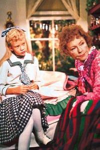 Agnes Moorehead as Mrs. Samuel