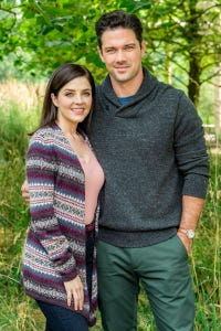Jen Lilley as Claire